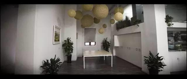 LDG电影︱在这种地方还怎么搞奇奇怪怪的建筑!